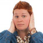 Une aide auditive invisible pour oublier votre presbyacousie